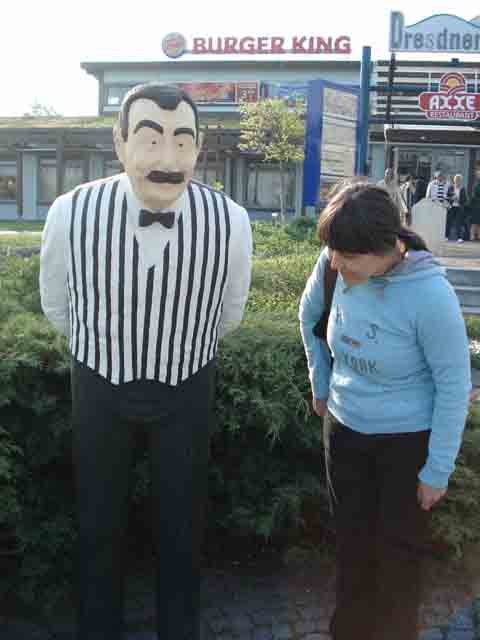 http://humanclub.ru/foto/2011/2011-dre/1/DSC03977.jpg