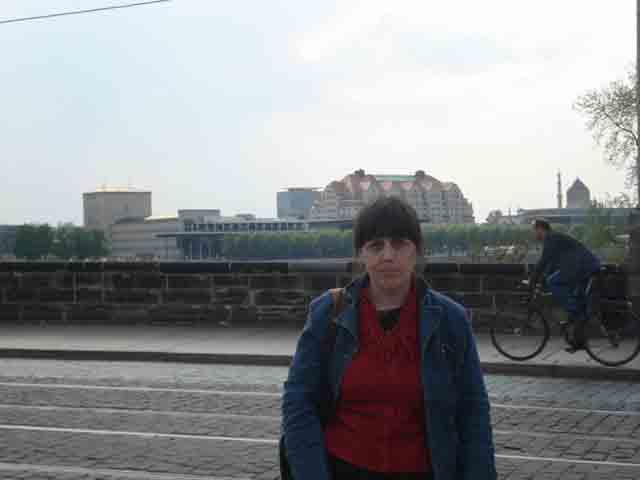 http://humanclub.ru/foto/2011/2011-dre/1/DSC04041.jpg