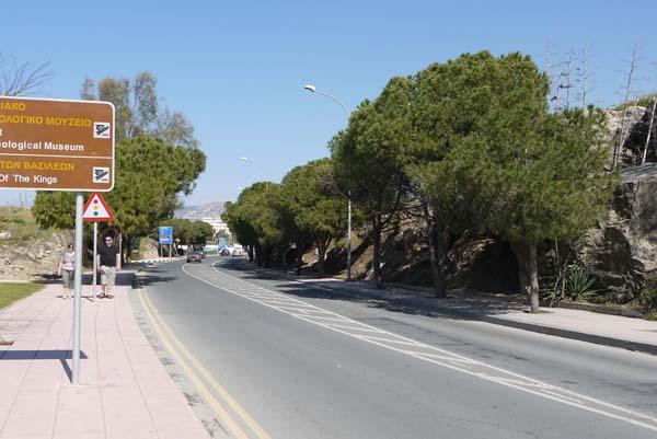 http://humanclub.ru/foto/2012/kypr/2/P1010796.jpg