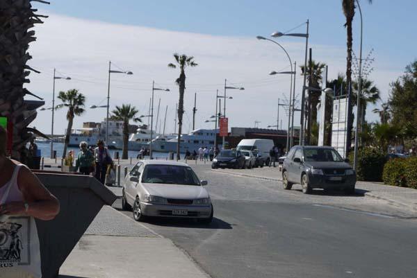 http://humanclub.ru/foto/2012/kypr/2/P1010814.jpg