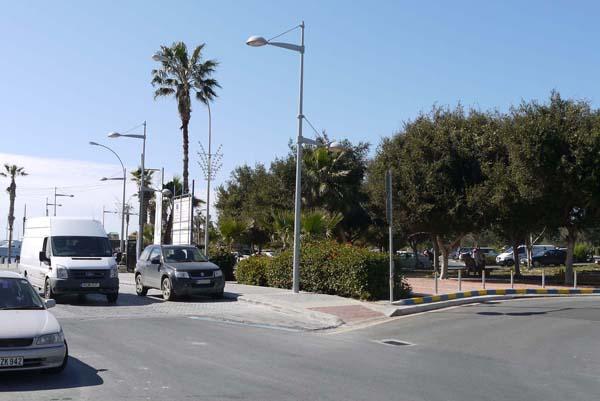 http://humanclub.ru/foto/2012/kypr/2/P1010815.jpg