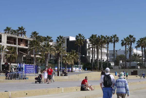 http://humanclub.ru/foto/2012/kypr/2/P1010839.jpg