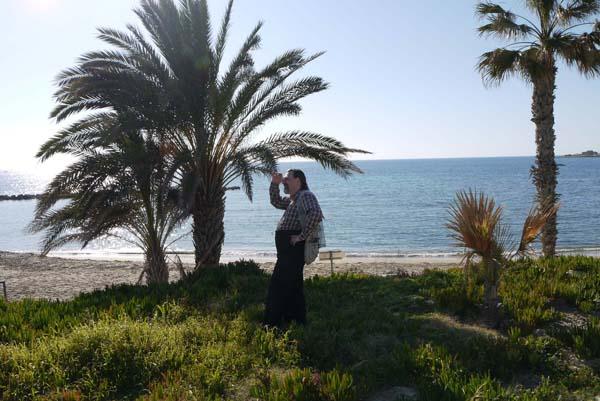 http://humanclub.ru/foto/2012/kypr/2/P1010941.jpg