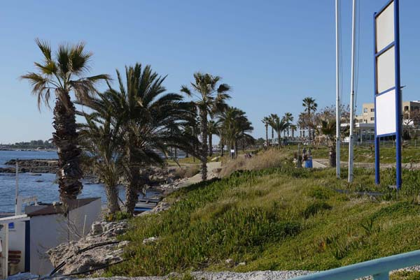 http://humanclub.ru/foto/2012/kypr/2/P1010968.jpg