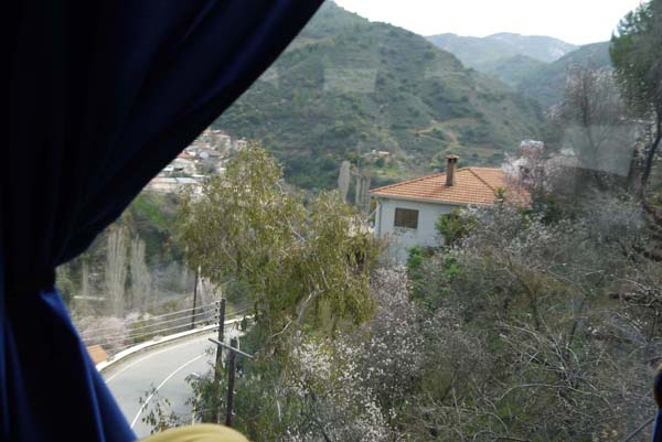 http://humanclub.ru/foto/2012/kypr/2/P1020236.jpg