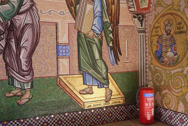 http://humanclub.ru/foto/2012/kypr/2/P1020327.jpg